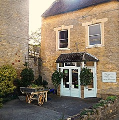 Shop The Cotswold Way! (springblossom3) Tags: chipping norton oxfordshire shop cotswolds architecture cottage