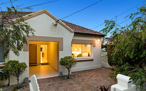 83 Gordon Street, Clontarf NSW 2093