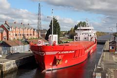 'Ijsseldijk' Latchford locks 23rd October 2016 (John Eyres) Tags: ijsseldijk loaded with scrap metal from emr eccles is seen leaving latchford locks bound for stantander 231016 manchestershipcanal