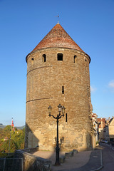 2016-10-24 10-30 Burgund 554 Semur-en-Auxois, Tour de la Gehenne (Allie_Caulfield) Tags: foto photo image picture bild flickr high resolution hires jpg jpeg geotagged geo stockphoto cc sony alpha 77 france frankreich burgund bourgogne ctedor historic city altstadt semur en auxois semour stiftskirche notredame
