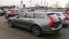 Volvo_V90_D5_AWD_Momentum_Osmiumgrau_5-Dreierspeichen (realPfeifenheini) Tags: volvo v90 d5 awd osmium grey osmiumgrau 5dreierspeichen momentum made sweden