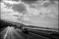20161121-127 (sulamith.sallmann) Tags: fahrzeug weg attika auto busfahrt bw car greece griechenland road schwarzweis strase street sw unscharf vehicle way grc sulamithsallmann