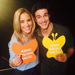 Olha só quem se uniu para nos ajudar a acabar com a #discriminação ! O ator Mateus Solano, Embaixador de Boa Vontade do UNAIDS Brasil, e a cantora Wanessa. Eles estão preparando uma surpresa com muito carinho para vocês. Aguardem!