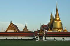 Grand Palace-3 (kluayzy8) Tags: thailand bangkok buddha transport grandpalace wat emerald multi bkk dossier phrakaew