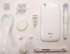 White (Aaroncillo) Tags: white color colors paper aaron creative conceptual gil aaroncillo