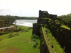 Vijaydurg (Mandar M Joshi) Tags: view fort seaface insidewall vijaydurg vijaydurgfort