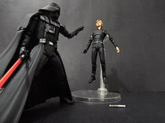 Darth Vader vs Luke Skywalker (Matheus RFM) Tags: star starwars luke darth wars vader darthvader lukeskywalker skywalker kaiyodo revoltech shfiguarts