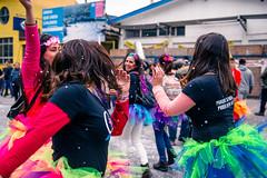 Carnaval Mil Tambores Valparaiso 2015 (emyas) Tags: chile street portrait girl libertad freedom valparaiso mar photo calle dance nikon san paint fiesta body retrato danza playa carnaval bales mateo aire libre baile 1000 afs mil valpo tambores callejera 2015 pasacalle 2470 altamirano alvenida
