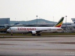 Ethiopian 777 on a  Addis Ababa flight (Tim R-T-C) Tags: airplane airport aviation malaysia kualalumpur boeing airliner etano boeing777 kualalumpurinternationalairport 777200 ethiopianairlines civilaviation
