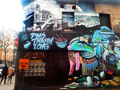 Pho Thanh Long, Montral, 04/2016 (Exile on Ontario St) Tags: graffiti montral pho thanh long murale mural restaurant vietnamese tonkin soup soupe tonkinoise montreal phothanhlong dtour mur wall detour passersby passerby passant passants trottoir sidewalk chopsticks foufouneslectriques foufs foufounes lectriques bar club venue punk electriques streetart street art dre five saintecatherine stecatherine centreville downtown vietnamien resto food commerce business building difice letters sign enseigne