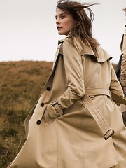 windy Burberry (betrenchcoated) Tags: trenchcoat trench windy beautifulgirl raincoat flags burberry