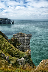 The arch and the needle (marko.erman) Tags: normandie normandy france etrtat cliffs falaises natural arch nature beautiful beach shore ocean sea atlantic water sky horizon perspective wide angle pov travel popular landscape panorama depth extrieur paysage eau falaise falaisedamont falaisedaval avalscliff amontscliff portedaval avalsdoor needle aiguille