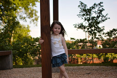 Bi (Stellamaris Fotografia) Tags: vento pensativa criança child children sol natureza