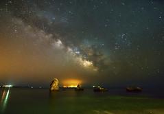 Wonderful atmosphere at night (elpitiuso) Tags: milkyway night nightscape vialactea stars lights landscape astrophotography astronomy astrofotografia astronomia estrellas ibiza eivissa universe