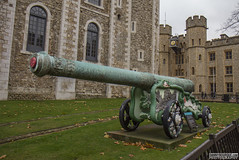 Tower of London (Danno KaBlammo) Tags: europe danny bourque 2016 uk british england london britain gb great united kingdom brits english tower medieval cannon