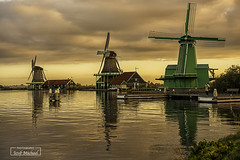 Zaanse Schans (2) (iosif.michael) Tags: sonya7 landscape water sky clouds sunrise magiclight netherlans windmills zaanseschans