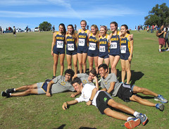 JF20161112-004.jpg (Menlo Photo Bank) Tags: favorite crosscountry boys photobyjuliefouquet largegroup meet event girls people menloschool students upperschool 2016 fall sports formalgroupphoto aaron eliza natalia atherton ca usa us