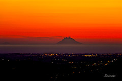 Tonight we see the monster (kiareimages1) Tags: vulcani volcanoes volcans volcanes stromboli isoleeolie italia sicilia calabria images immagini imagery imagenes colori couleurs colors colores coucherdesoleil sunsets tramonti puestadelsol golfodilameziaterme tiriolo tirioloterradeiduemari