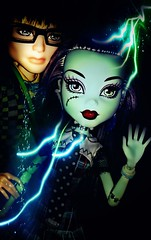 I feel the Sparks...why can't you...pease notice me too. (Icky'sMarvel) Tags: electric couple doll dolls sad inspired wave frankenstein sparks inlove sadface unrequited onesided lovelorn loveinterest manster frankiestein monsterhigh jacksonjekyll faceedits