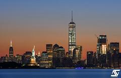Manhattan skyline (A.G. Photographe) Tags: nyc longexposure ny newyork sunrise nikon manhattan worldtradecenter ag hudson nikkor lowermanhattan anto xiii libertystatue d810 oneworldtradecenter antoxiii 70200vrii agphotographe
