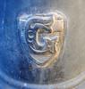 znak vodní pumpy (Ondra Brabec) Tags: logo praha pumpa znak architektura vodní vršovice