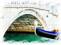 Venecia, Venice Gondolas 004 (www.ignaciolinares.com) Tags: venecia venice venezia gondola canales sanmarcos feniche campanile ilduomo eldoge vaporetto veneto italia