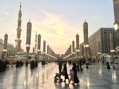 Medina (7a91d07a20414c8d04888dcc30559d78) Tags: 2016october harem haram saudiarabia   masjidannabawi medina madinah