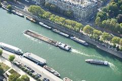 Paris Eiffel on the Top 12.9.2016 3816 (orangevolvobusdriver4u) Tags: fluss river seine 2016 archiv2016 france frankreich paris eiffel turm eiffelturm tower eiffeltower tour toureiffel