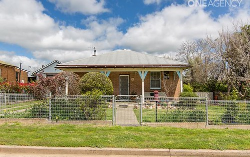 2 Hawkins Lane, Orange NSW 2800