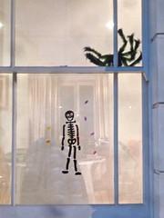 P1390223 Halloween (londonconstant) Tags: lodonconstant costilondra promenades streetscapes architecture london