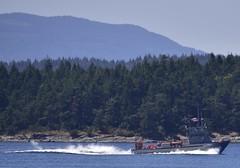 TWR-8 Iliwai - off Reid island (D70) Tags: military ops 85 ft torpedo retriever usa navalmilitary ship mmsi 369970257 length overall x breadth extreme 22m  5m homeportunit pearl harbor twr8 iliwai off reid island
