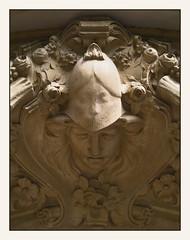 L'empreinte (afantelin) Tags: paris face stone pierre iledefrance dcoration visage
