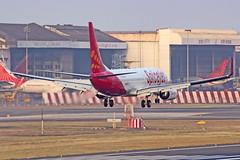 "SpiceJet B737-800 VT-SGV ""Nigella"" Mumbai (VABB/BOM) (Aiel) Tags: bombay boeing mumbai nigella b737 spicejet b737800 canon60d tamron70300vc vtsgv"