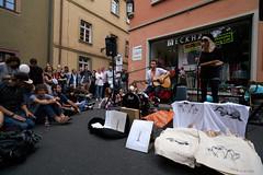 Nick & June (mattrkeyworth) Tags: june zeiss streetperformers nick würzburg stramu strassenmusikfest nickjune variotessartfe41635 sel1635z sonya7rii ilce7r2
