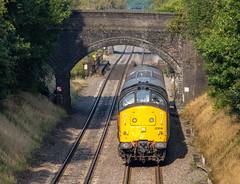 Head on Sunday (Mirrorfinish) Tags: england train diesel warwickshire networkrail class37 37219 leamarston heritagediesel