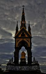 Albert (yonmora) Tags: london memorial albert londres albertmemorial georgegilbertscott