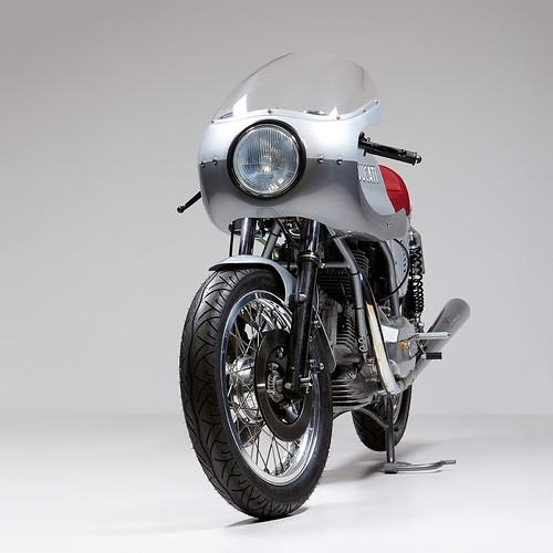 Ducati 860GT