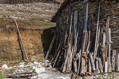 armi contro l'inverno (Clay Bass) Tags: 24105 balma baita canon5d mountains natural wood