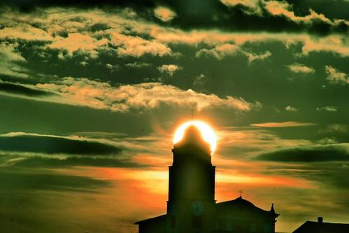 #equinox #gassano #tramonto #sunset #igersmassacarrara #igerstoscana #igersitalia #volgomassaecarrara #volgotoscana #volgoitalia #ig_toscana #ig_italy #loves_united_toscana #loves_united_italia #loves_mediterraneo #italia360gradi #italiainunoscatto #ecode
