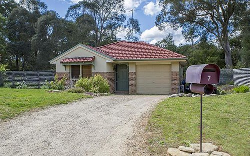 7 Elmswood Ct, Bundanoon NSW 2578