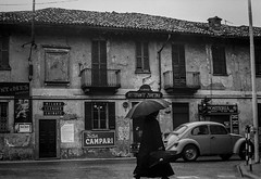 Nerviano - SS 33 del Sempione - 1969 (giorgio-pix) Tags: analogico film35mm street minoltasrt101 47annifa