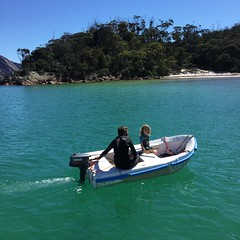 Wineglass Bay. M and DB go adventuring.