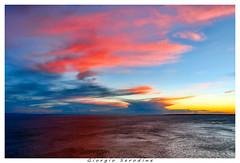 tramonto in marina (Giorgio Serodine) Tags: tramonto spiaggia cielo nuvole orizzonte controluce coloreforte disera canon mosso allaperto terraferma