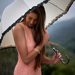 The time, belongs to you. #portrait #umbrella #moment #calm (Lisandro M. Enrique) Tags: instagram the time belongs you portrait umbrella moment calm httpswwwinstagramcompbmbqb0zfkhq fotografo argentina