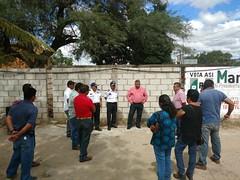 """En #TeotitlánDeFloresMagón se acudió a dialogar con transportistas concentrados en el crucero """"Chepuro"""" para atender a sus planteamientos (2)"""