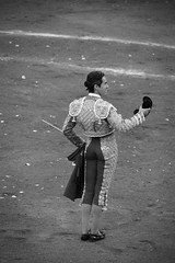 Gracias (valeriaatorres) Tags: silvetti torero arte cultura toro capote bullfight bullfighting monterrey mxico