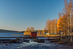 Ludvika strm (Henrik Axelsson) Tags: bergslagen foliage lake landsbygd ludvika ludvikastrm sj stream vatten vattenkraft vinter vsman water winter hydroelectric dalarnasln sverige se