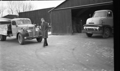 i079 (Wouter Duijndam) Tags: pf6218 dodge 1955 nv3965 ford c600 1954