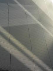 Relief (eckbert.sachse) Tags: rotherbaum hamburg 2016 germany pattern muster freeandhansatownofhamburg freieundhansestadthamburg shadow light schatten licht grau grey