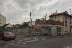 . (Le Cercle Rouge) Tags: montreuil france graff graffitis streetart flop bubble handstyle marathonwalk ruedesgranges ruecolmetlpinay
